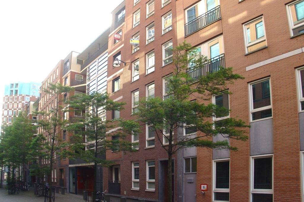 Bekijk foto 3 van Muzenstraat 102