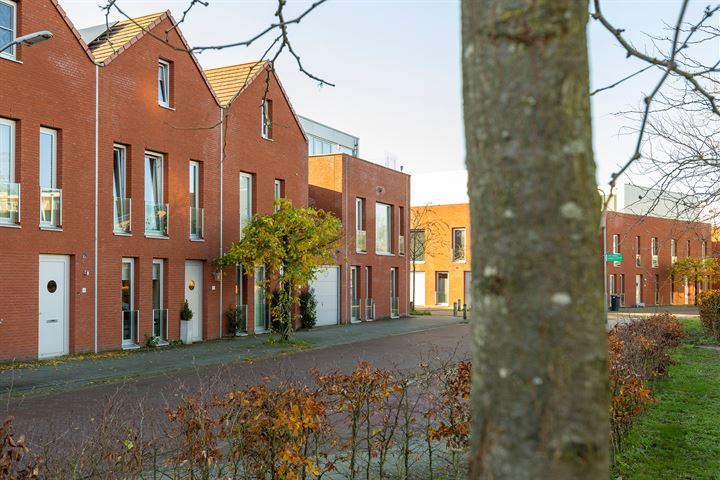 Koningin Beatrixstraat 11