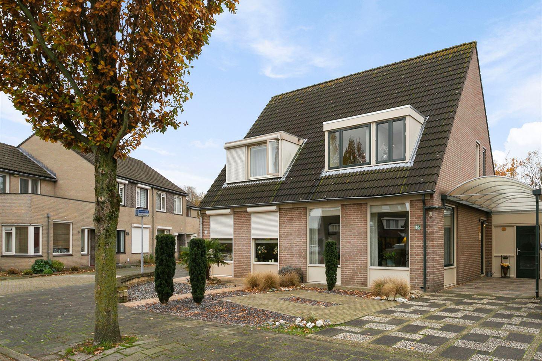 View photo 1 of Betuwehof 95