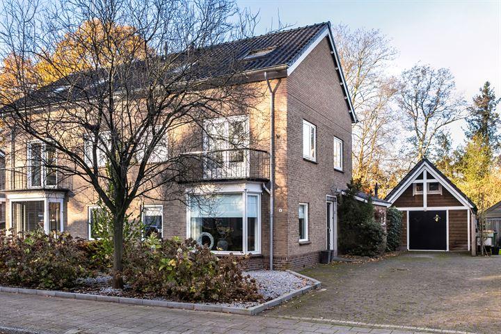 Van Hogendorpstraat 6