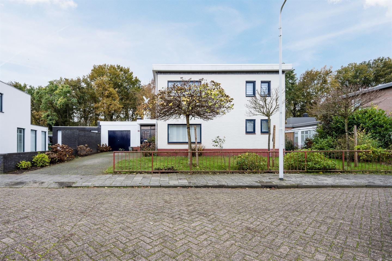 Bekijk foto 1 van Johannes Klingenstraat 24