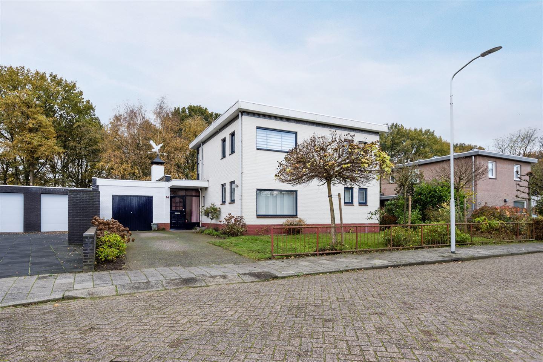 Bekijk foto 2 van Johannes Klingenstraat 24
