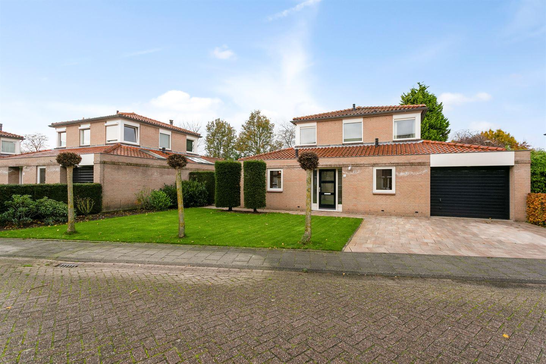 Bekijk foto 3 van Ossendrechtstraat 13