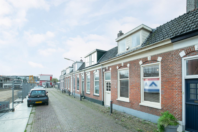 Bekijk foto 3 van M.H.Trompstraat 9