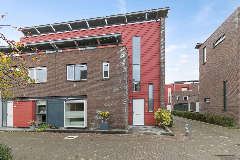 View photo 2 of Simon van Ooststroomhof 31