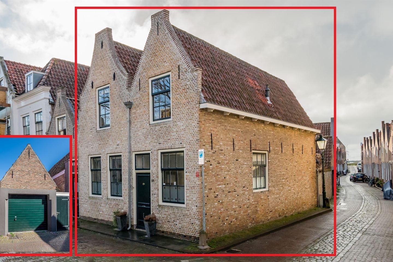 Bekijk foto 1 van Sint Domusstraat 68 70