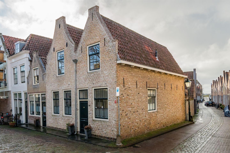 Bekijk foto 3 van Sint Domusstraat 68 70