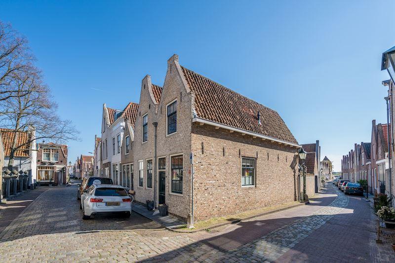 Bekijk foto 4 van Sint Domusstraat 68 70