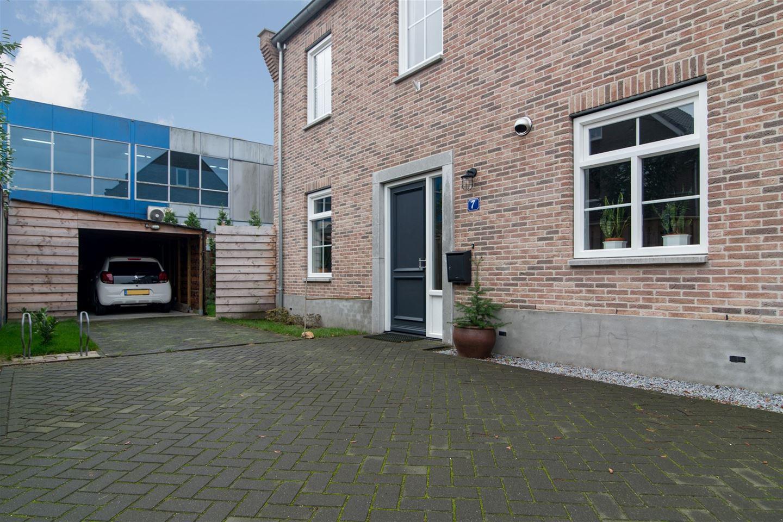 Bekijk foto 3 van Radboudweg 7