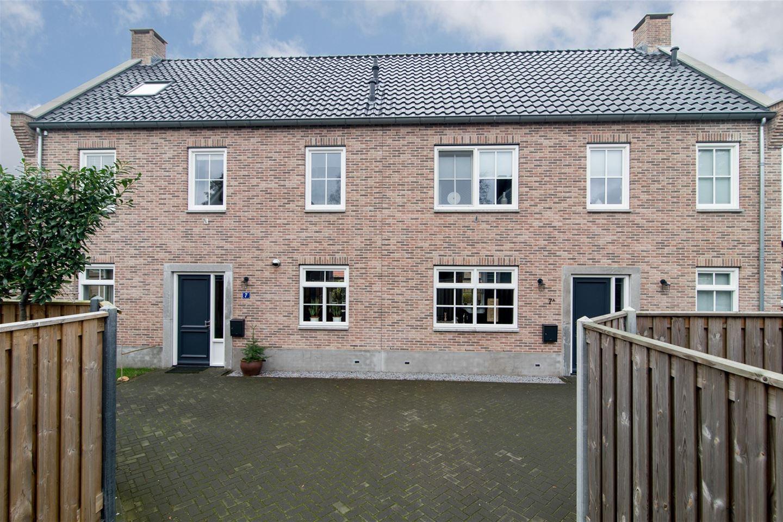 Bekijk foto 2 van Radboudweg 7