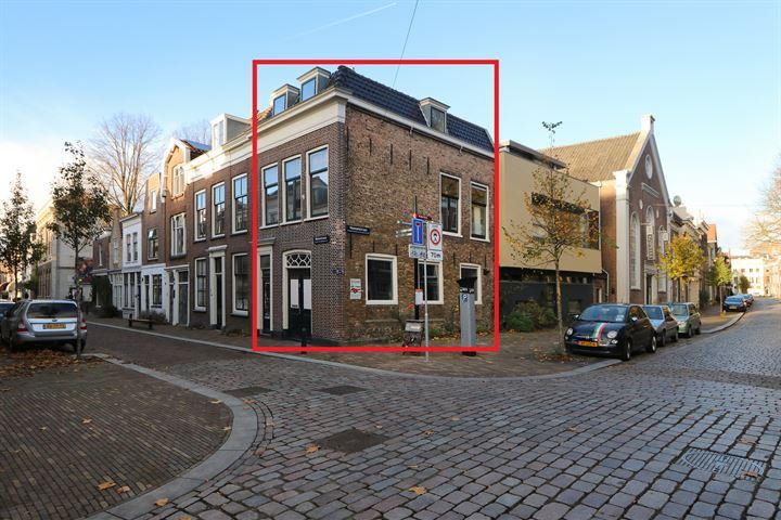 Nieuwstraat 82