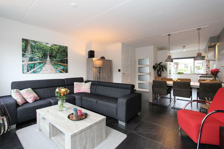 Bekijk foto 3 van van Ruysdaelweg 14