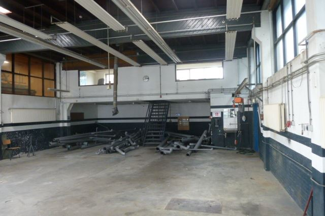 Bekijk foto 3 van Fabrieksweg 1
