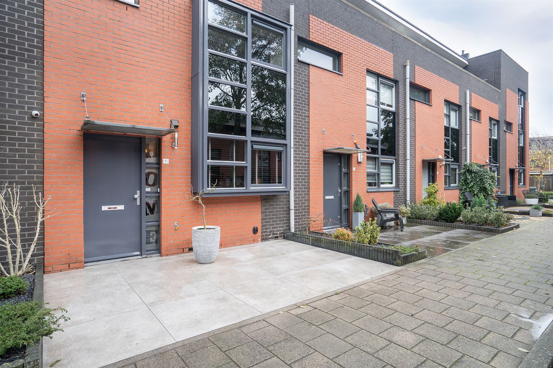 Bekijk foto 2 van Gaardenierstraat 11