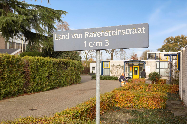 Bekijk foto 2 van Land van Ravensteinstraat 1 A