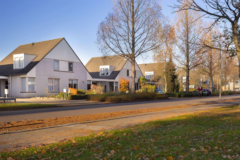 Bekijk foto 1 van Karel Doormanstraat 4