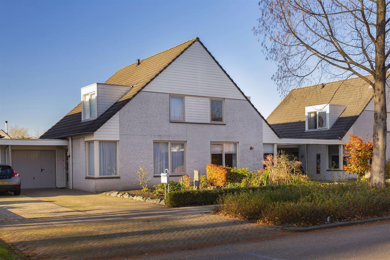 Bekijk foto 3 van Karel Doormanstraat 4