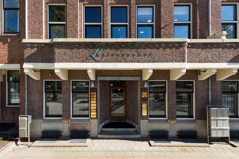 Bekijk foto 2 van De Lairessestraat 137 - 143