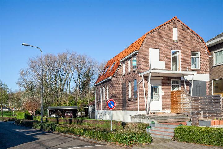 Dorpsstraat 2 naast, Nieuwerkerk aan den IJssel