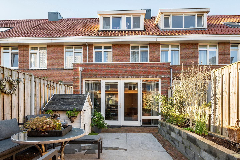 Bekijk foto 1 van Johan van der Poortenlaan 37