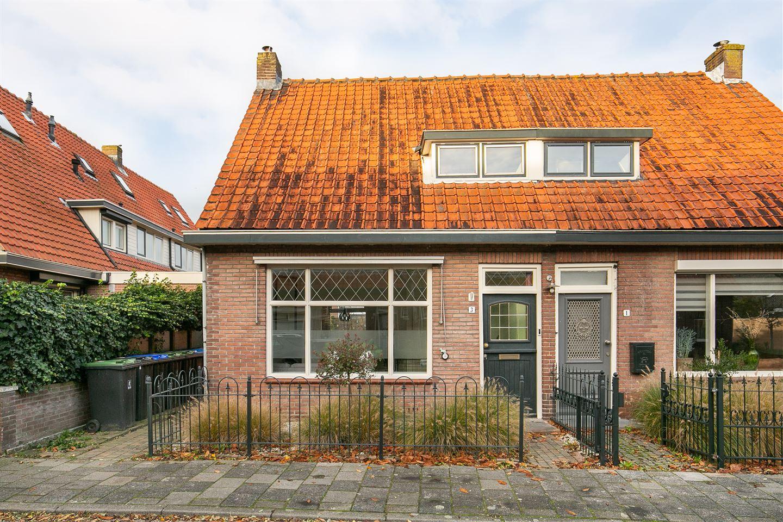 Bekijk foto 1 van Scheldestraat 3