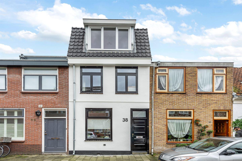 Bekijk foto 1 van Brouwersstraat 38