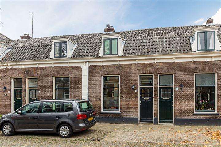 Piet Heinstraat 17