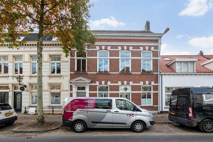 Auvergnestraat 27, Bergen op Zoom