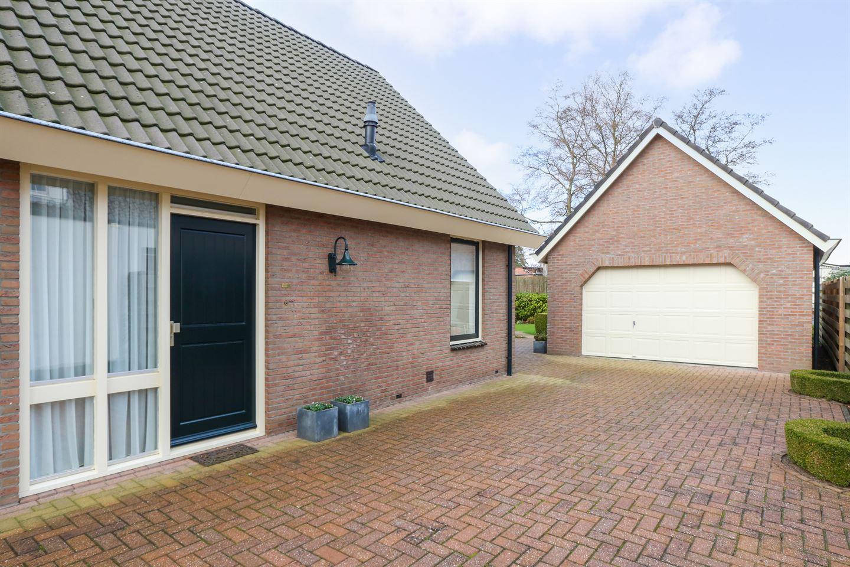 View photo 5 of Badstraat 14