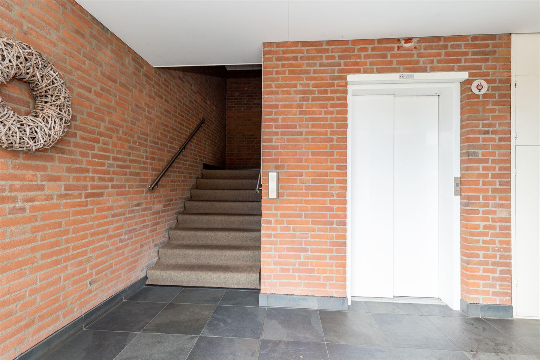 Bekijk foto 3 van Jaap Buijshof 48