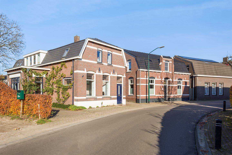 Bekijk foto 5 van Dorpsstraat 25