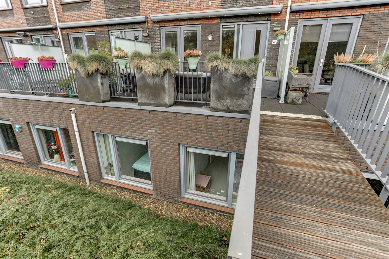View photo 2 of Evertsenstraat 4 L