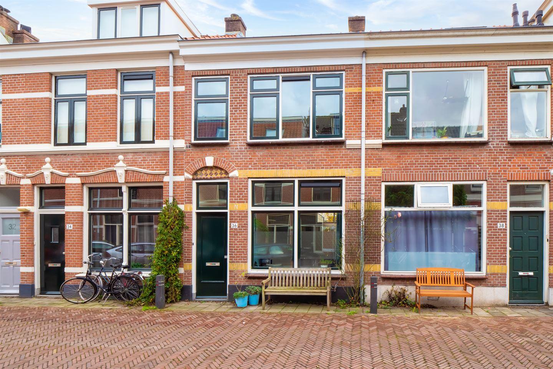 View photo 1 of Lombokstraat 36