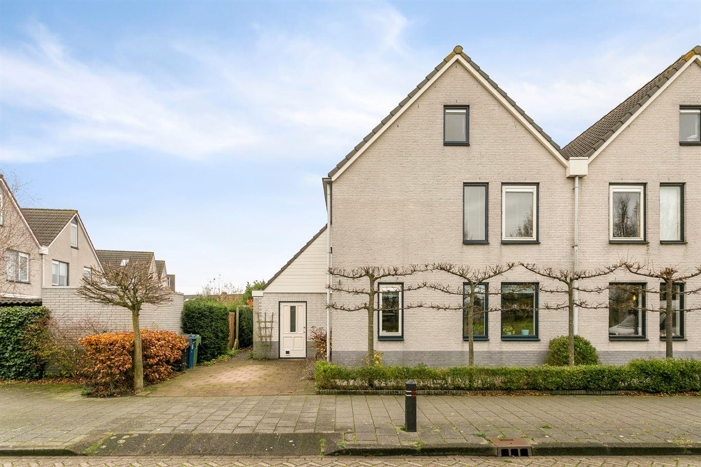 Bekijk foto 2 van Pater Schiphorststraat 24