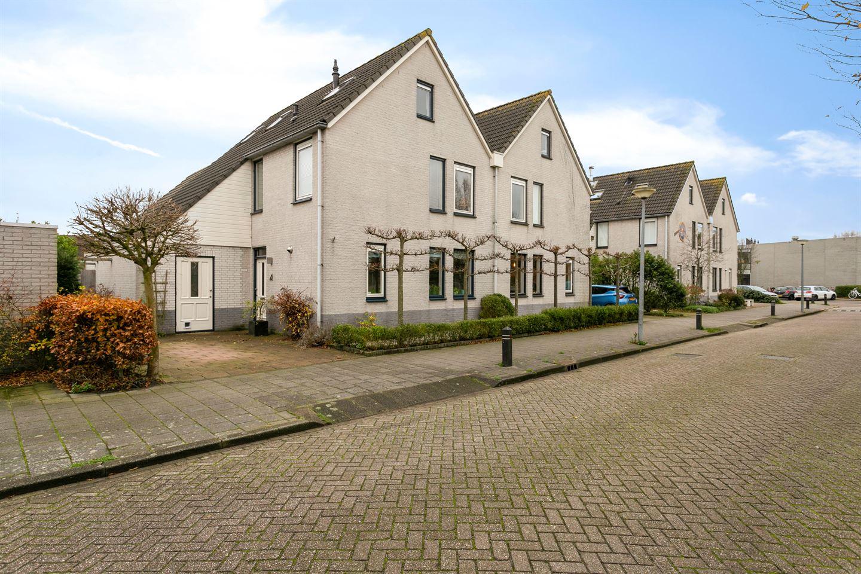 Bekijk foto 1 van Pater Schiphorststraat 24