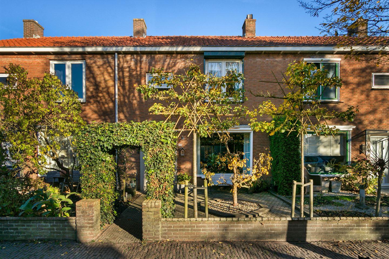 Bekijk foto 1 van Dr. Bosstraat 12