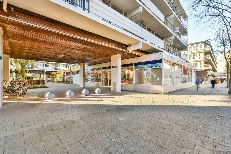 Bekijk foto 2 van Kastelenstraat 64