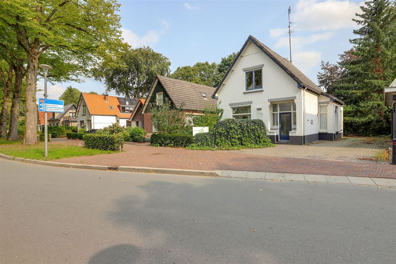 Bekijk foto 3 van Parkweg 4