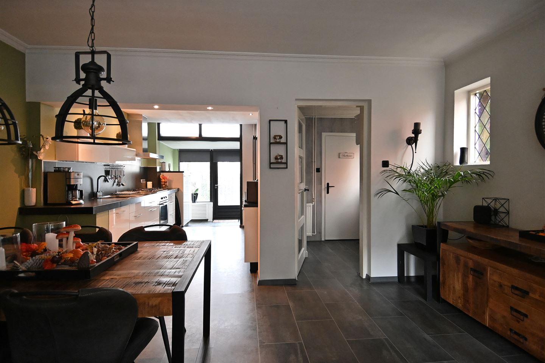 Bekijk foto 4 van Van Hoornstraat 10