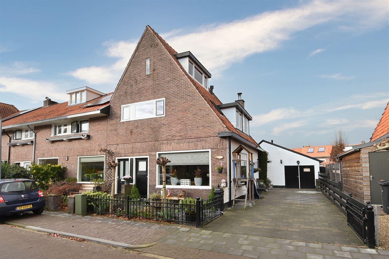 Bekijk foto 1 van Van Hoornstraat 10