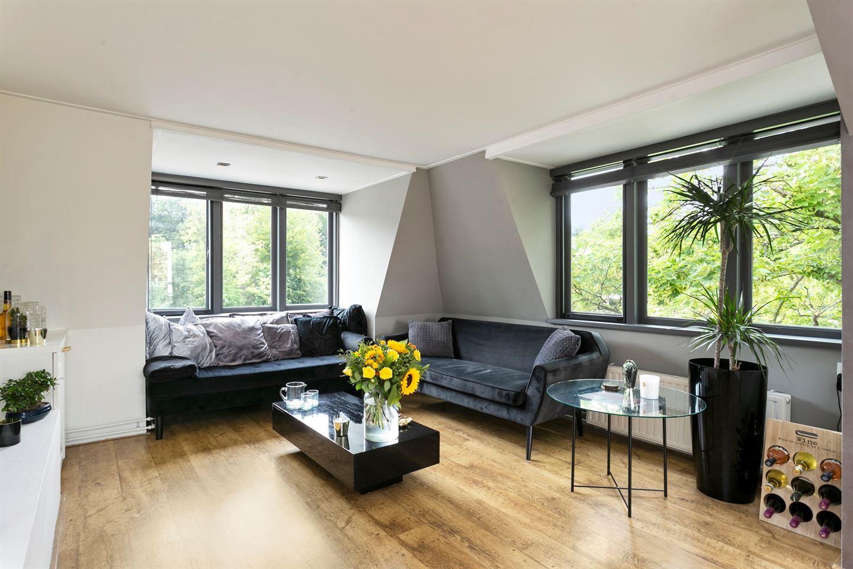 Bekijk foto 2 van Van Everdingenstraat 2 c