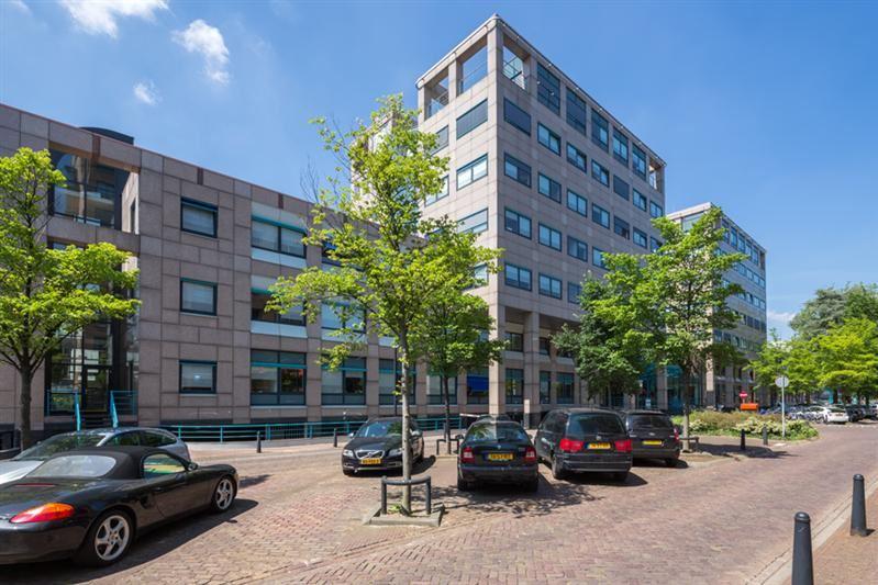 Bekijk foto 2 van Arthur van Schendelstraat 650