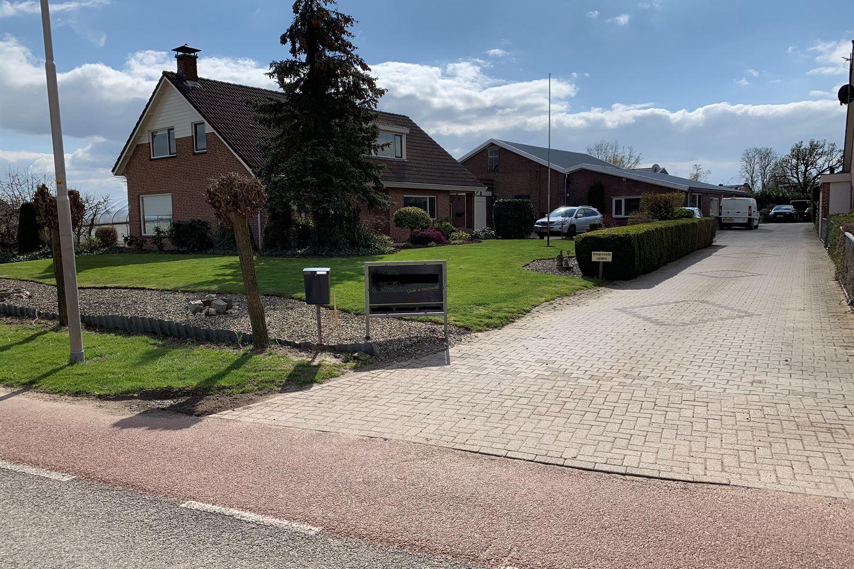 Bekijk foto 2 van Oosterhoutsestraat 2