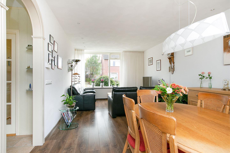 Bekijk foto 2 van Mauritsstraat 9