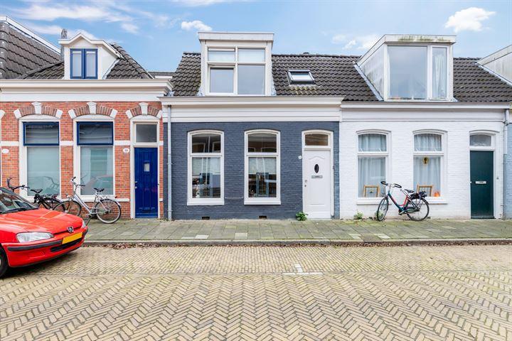 Martenstraat 31