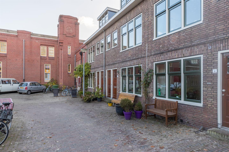 Bekijk foto 2 van Albertine Agnesplein 6