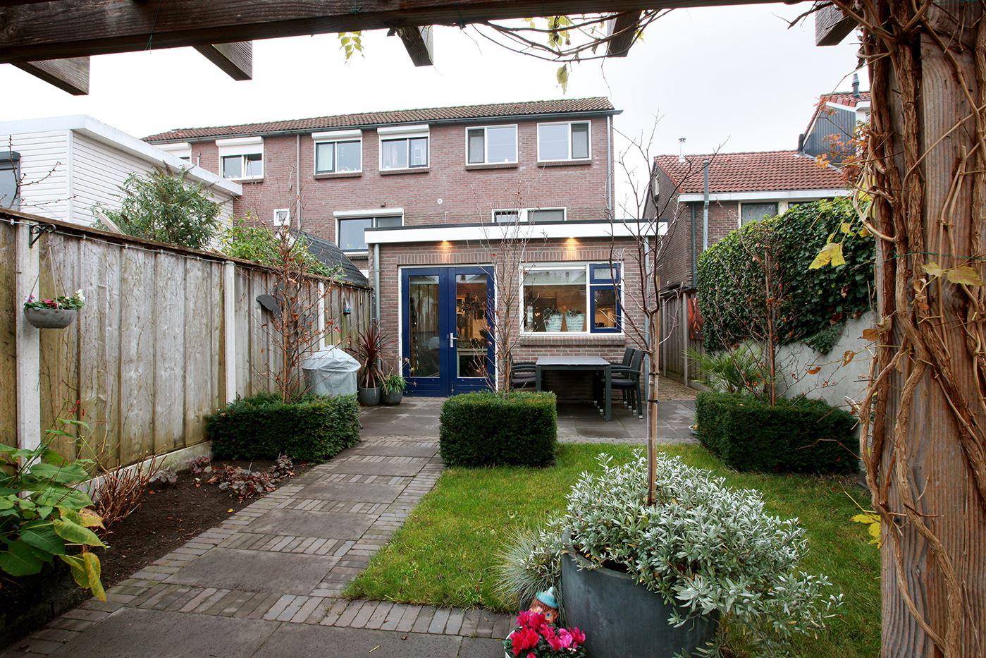 Bekijk foto 2 van Sint Janstraat 53