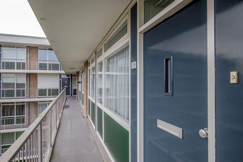 Bekijk foto 2 van Wijenburglaan 129