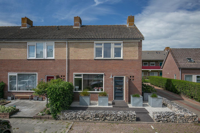 View photo 1 of J.W. Schuurmanstraat 63
