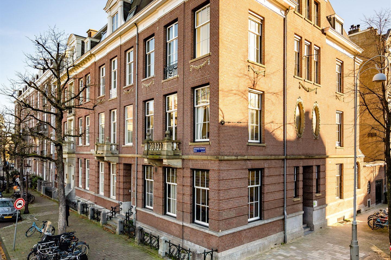 Bekijk foto 4 van Johannes Vermeerplein 11